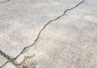 Fix or maintain cracks